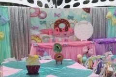 Donuts, cupcakes & bows